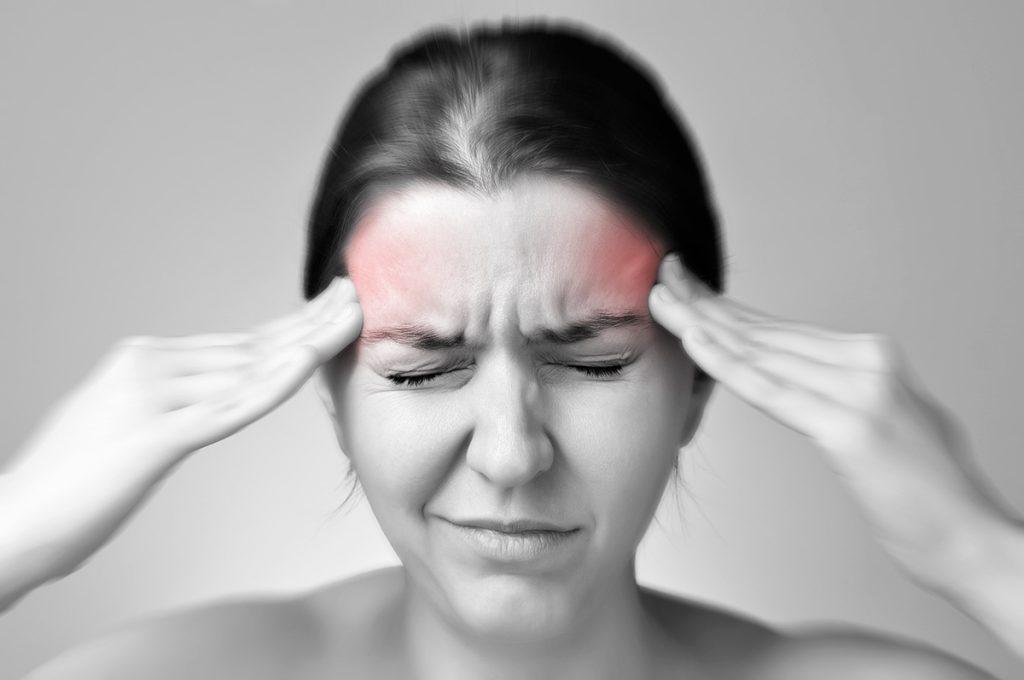 Мигрень: симптомы, причины, лечение. как выбрать таблетки от мигрени – напоправку
