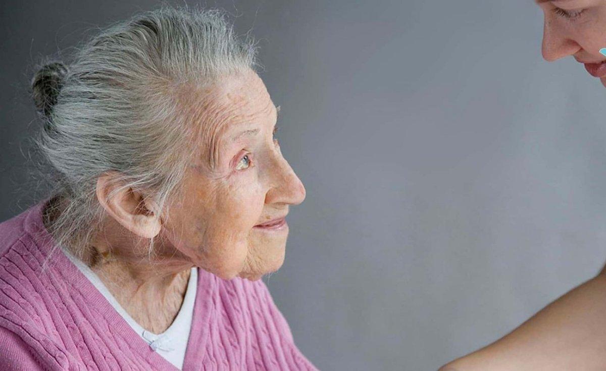 Старческое слабоумие (деменция у пожилых): симптомы, лечение, прогноз выживаемости