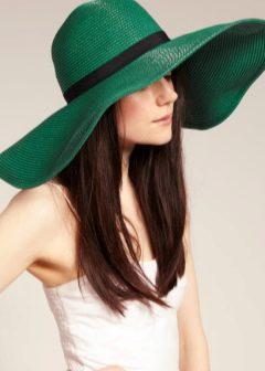 Что такое шляпа клош? с чем её комбинируют? с каким шарфом можно носить? примеры образов с шляпкой клош.