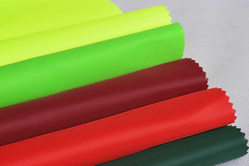Ткань оксфорд: характеристики и использование, описание и состав, виды (600d, 210, 240), водонепроницаемая для тентов, достоинства и недостатки, цены