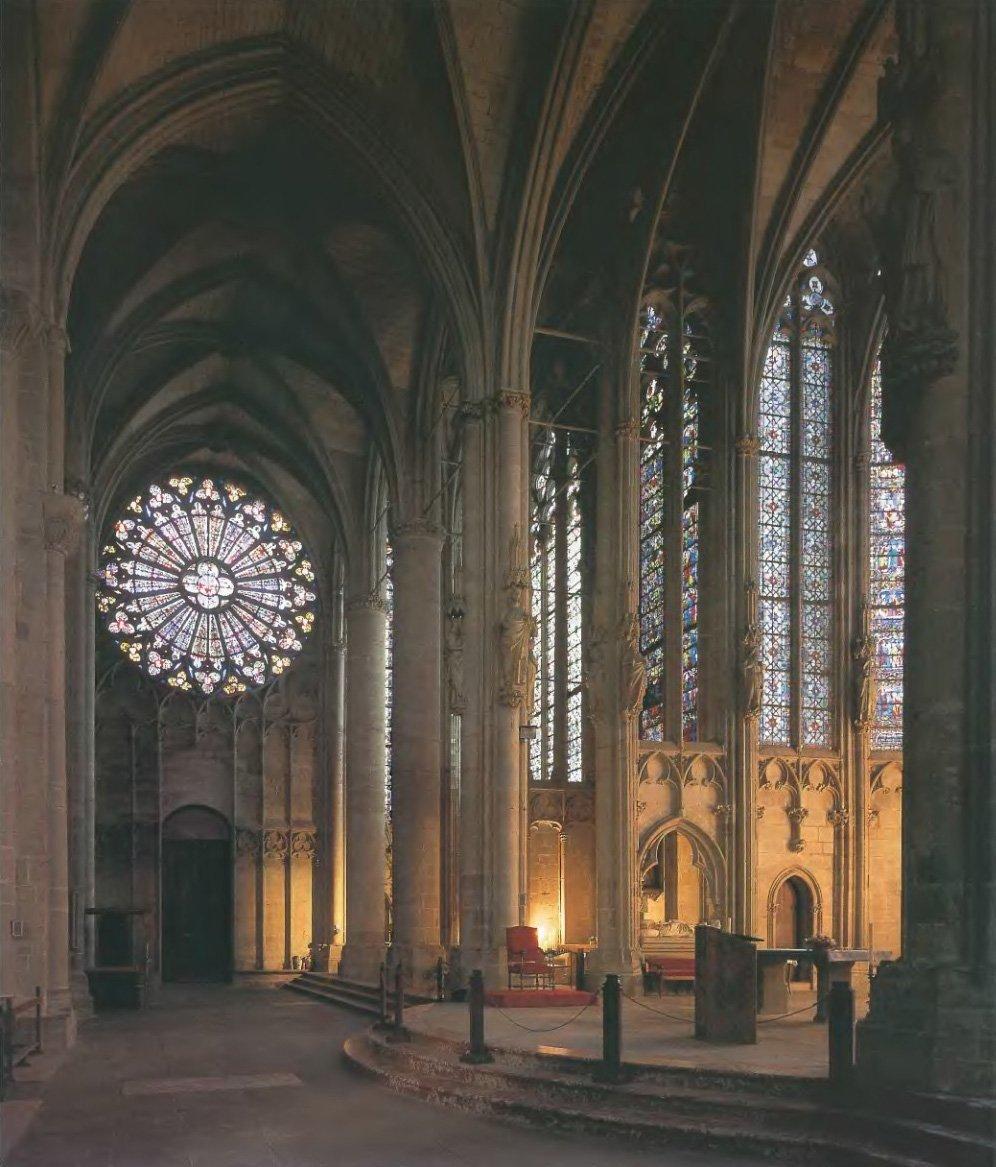 Готический стиль в архитектуре: описание и фото-примеры