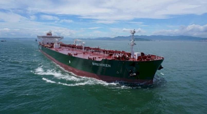 В танкер помещается до 4 млн баррелей нефти
