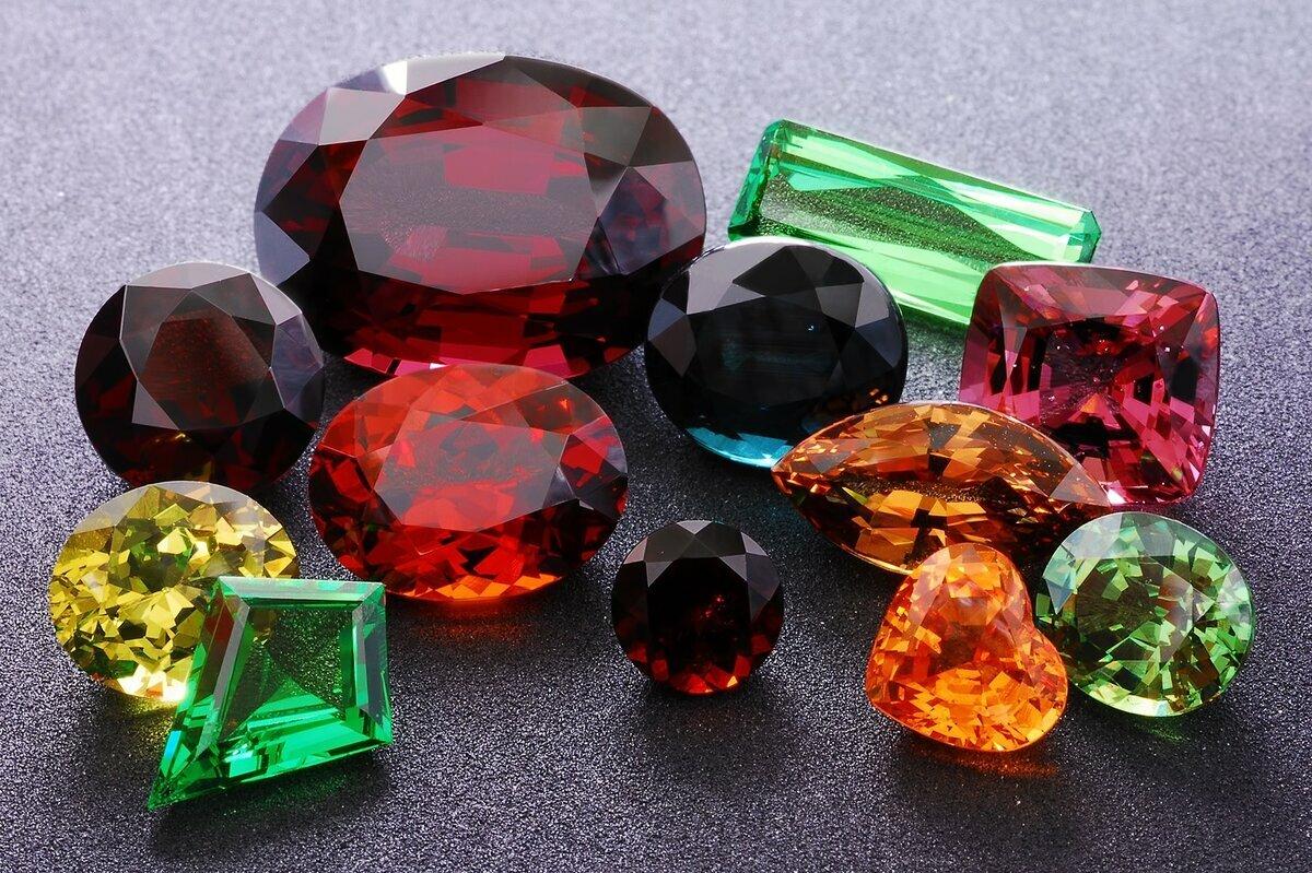 Ситалл: что это такое, как его применяют в ювелирном деле и каковы магические свойства камня?