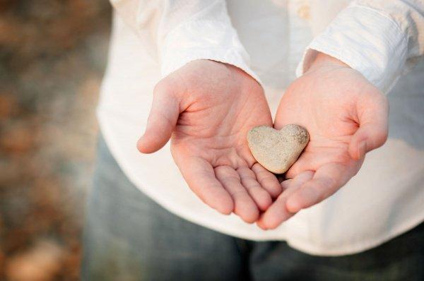 Щедрость — что это такое и как развить, книги, упражнения