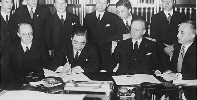 Пакт - это... что такое пакт: определение понятия, история и виды пактов, наиболее известные пакты, повлиявшие на мировую историю