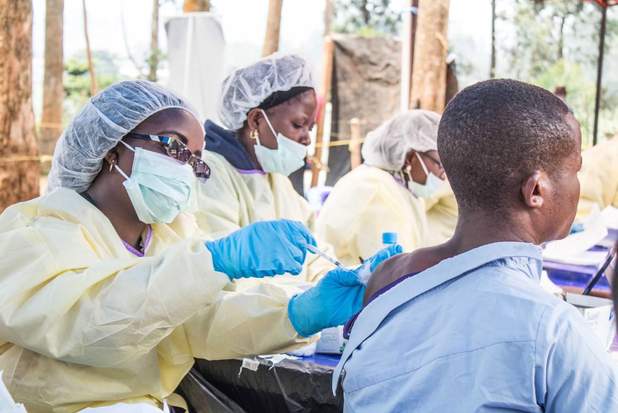Основные симптомы вируса эбола