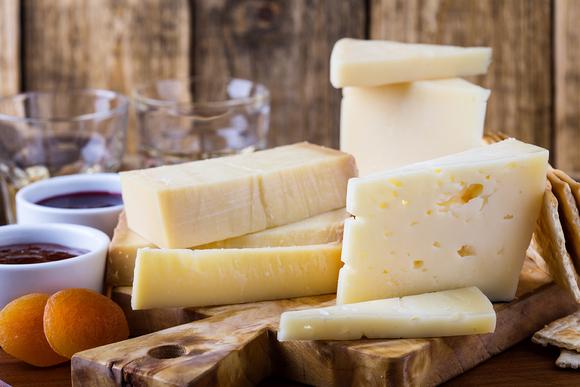 Сыр пармезан содержание полезных веществ, польза и вред, свойства