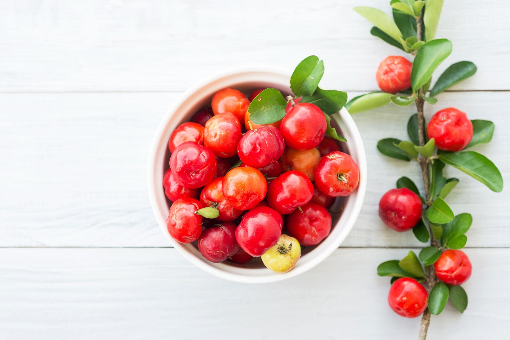 Полезные свойства вишни ацеролы барбадосской - трендовый фрукт с витамином с