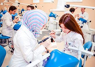 Профессия врач: специальности, список, какие бывают врачи, плюсы и минусы, специализация, медик, история