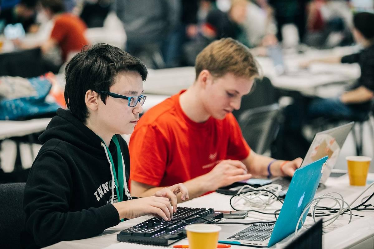 Урок 8понятие программного обеспечения и его типы. назначение операционной системы и ее основные функции