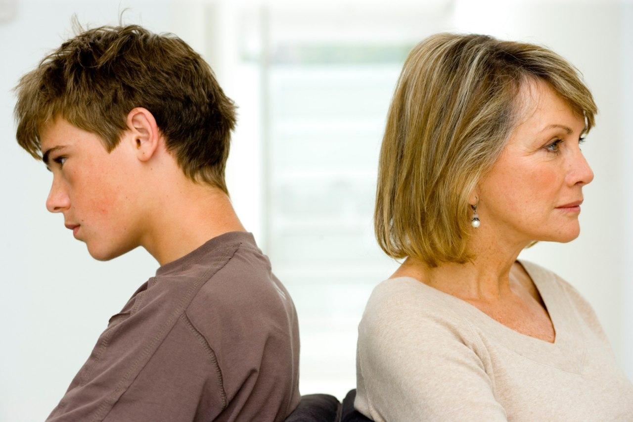 Переходный возраст у девочек. симптомы, со скольки и до скольки лет, как вести себя родителям