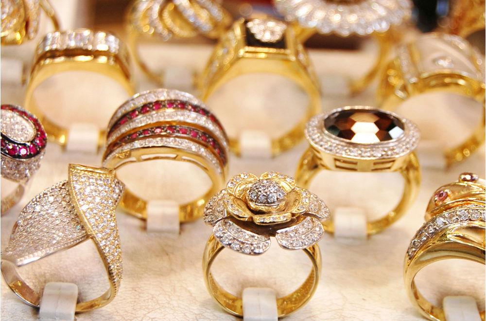 Торговля золотом и драгоценными металлами в дубае, оаэ