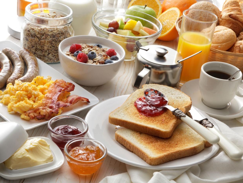 Завтраки: что нового можно быстро и вкусно приготовить дома - тасс