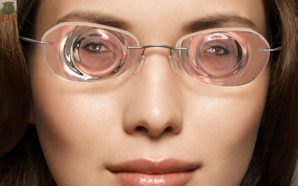 В чем разница между диоптриями очков и контактных линз?