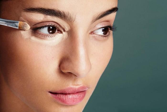 Консилер для лица - что это такое: как наносить на лицо пошагово, для чего нужен, цена и отзывы