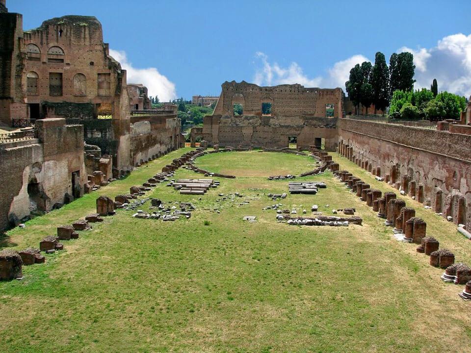 Фламиниев цирк. здесь был рим. современные прогулки по древнему городу