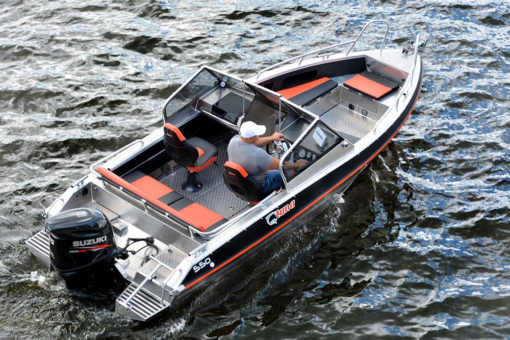 Что такое кокпит и где он находится в лодке, виды кокпитов
