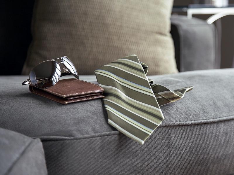 Что такое портмоне, характерные отличия от кошелька и бумажника