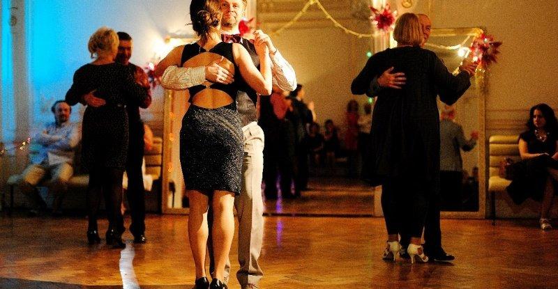 Swing — википедия. что такое swing