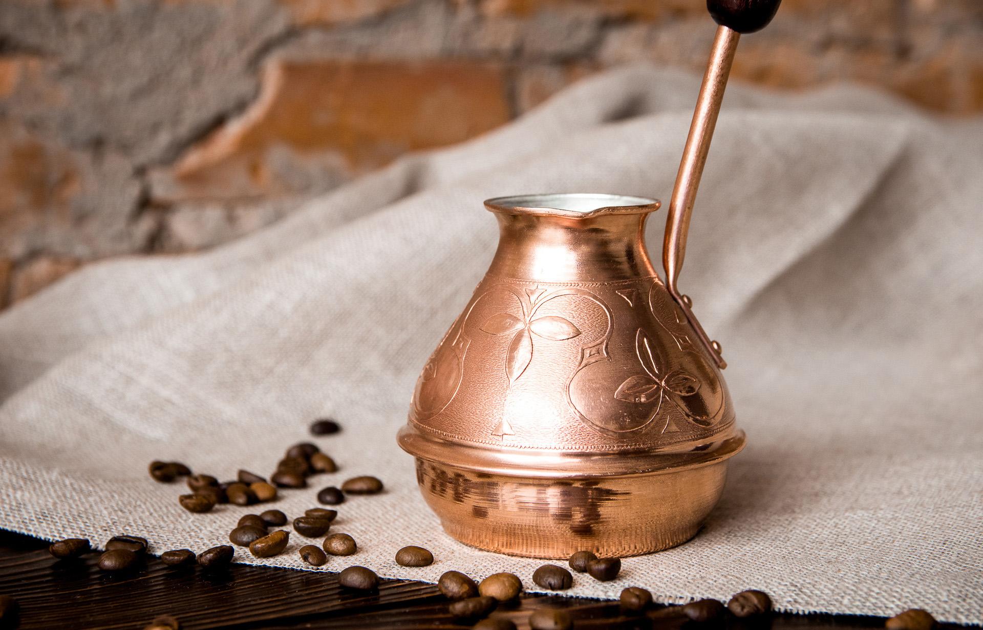 Напиток, который творит чудеса: что такое чай масала и как его правильно заваривать?
