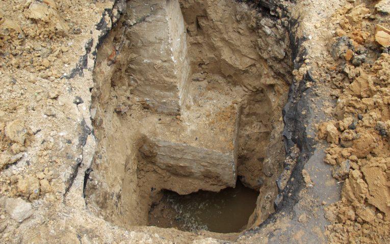 Определение местоположения скрытых подземных коммуникации шурфованием. шурфы – что это такое? устройство шурфов шурфы что такое