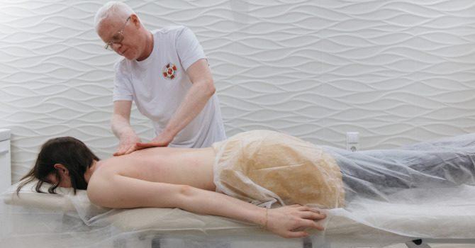 Лимфодренажный массаж - техника проведения, влияние на организм