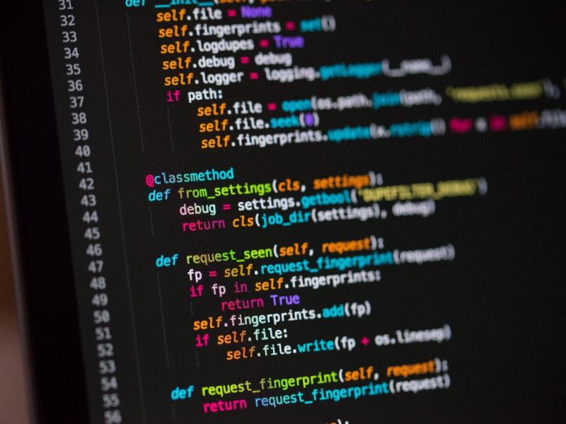 В чем разница между строго типизированным языком и статически типизированным языком?