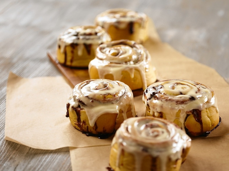 """Те самые американские булочки """"синнабон"""" – кулинарный рецепт"""