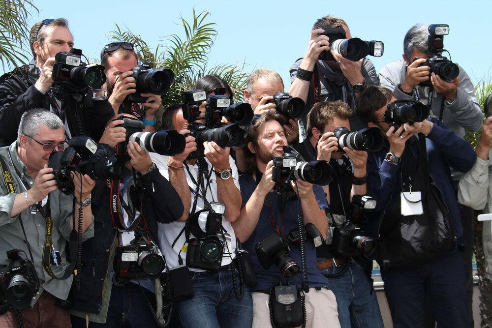 Фотографии папарацци (жанр папарацционной фотографии в фотоискусстве)