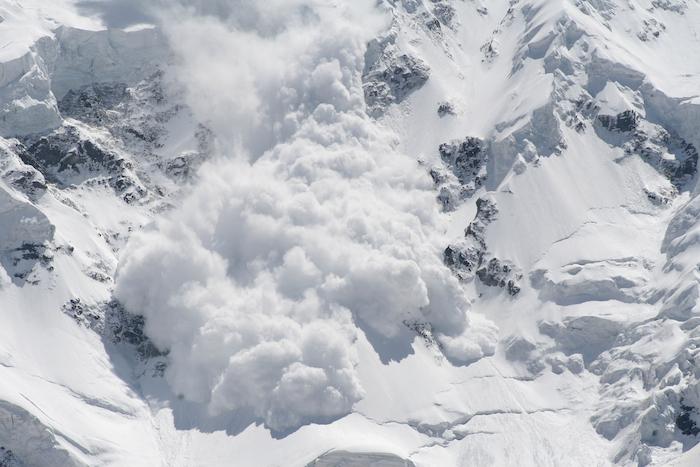 Лавины и причины их возникновения. | блог | горные гиды и альпинизм в казахстане