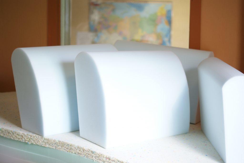 Какой поролон лучше для дивана: как правильно его выбрать для матраса, виды для мебели