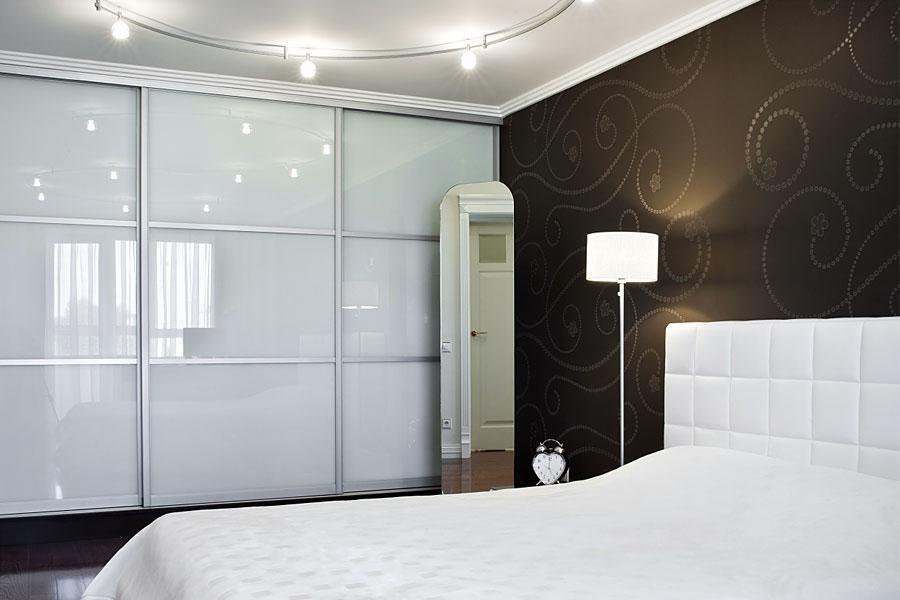 Шкаф-купе лакобель (53 фото): стильная белая модель с зеркалом и со стеклом, отзывы