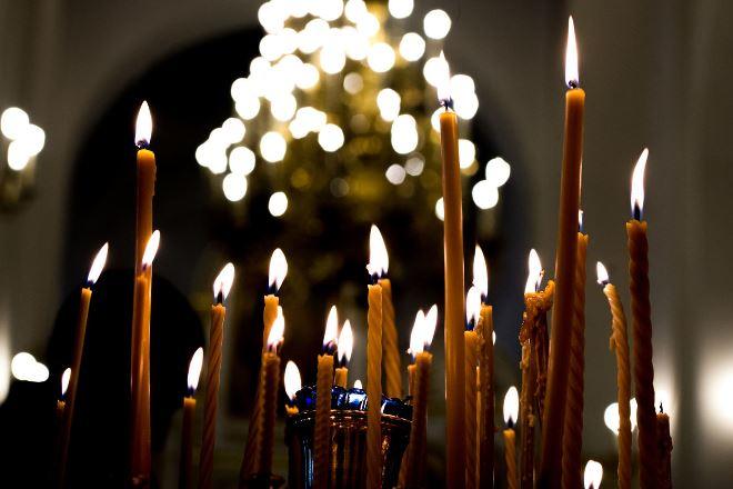 Парастас в православии: последование великой заупокойной службы в церкви, даты и текст панихиды