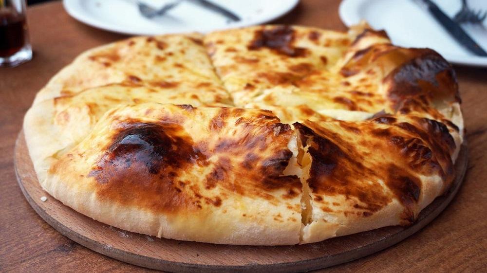 Хачапури с сыром: рецепт с фото