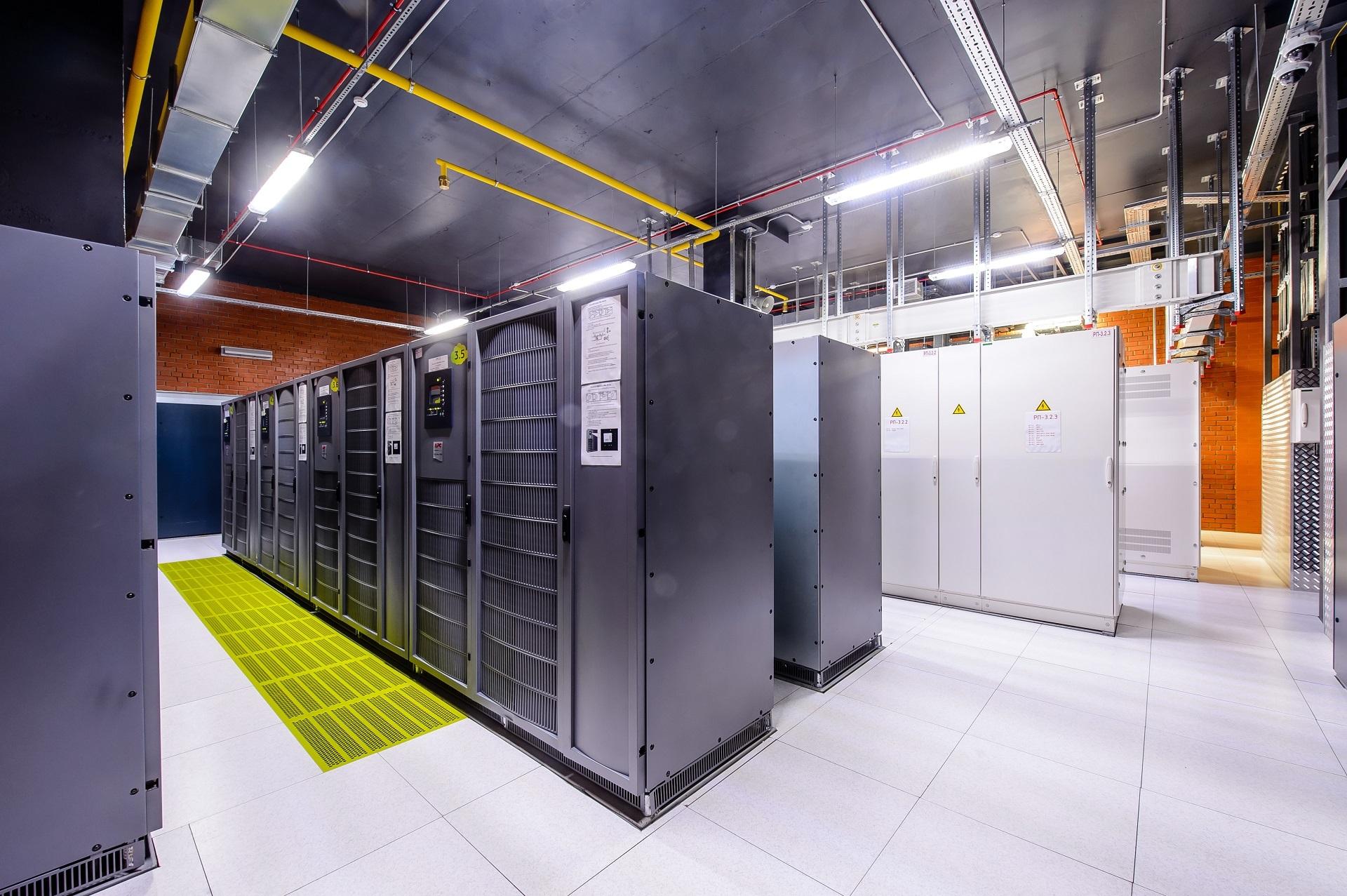 Что такое цоды (центры обработки данных): назначение, выбор, принцип работы