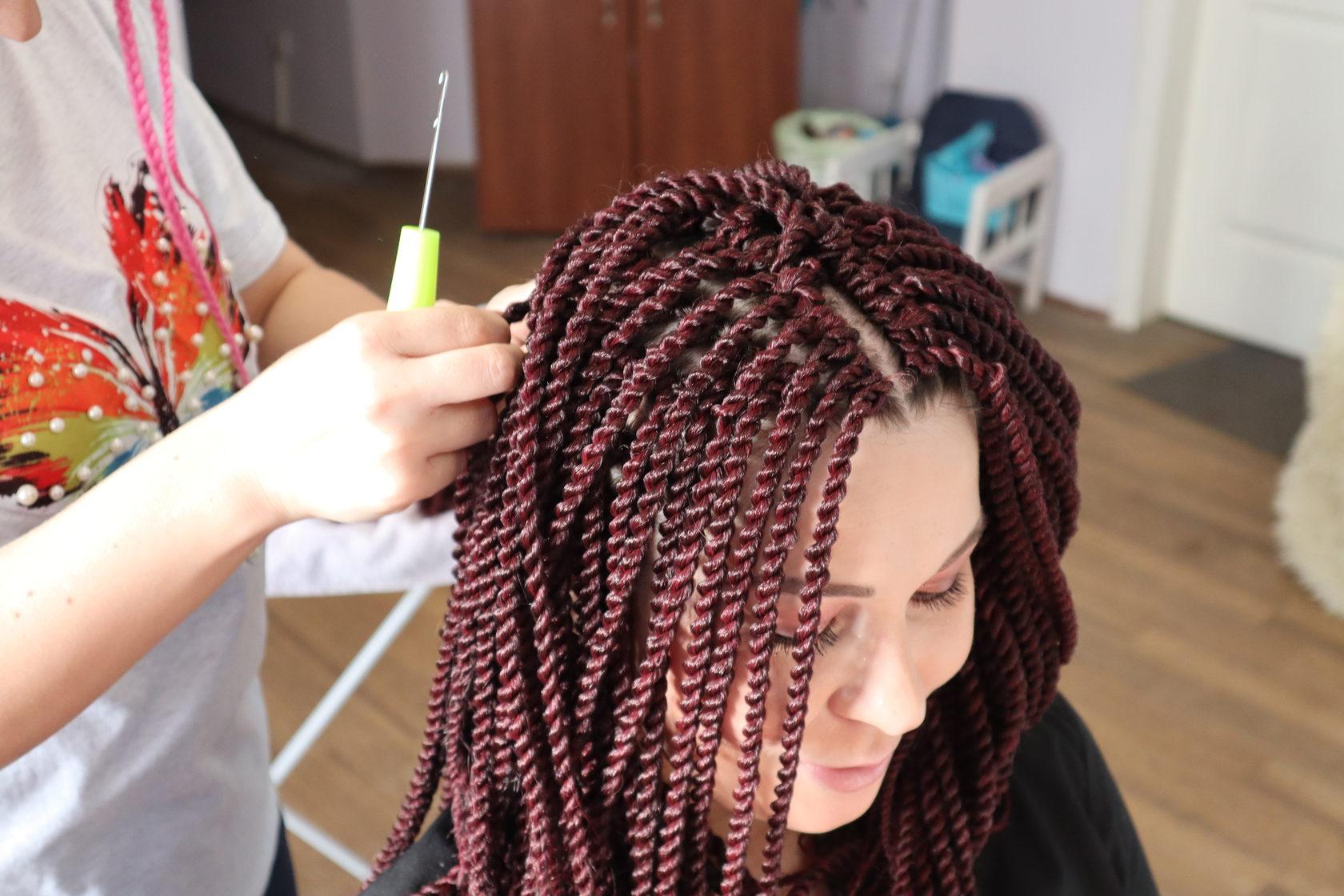 Наращивание волос и все виды афропричесок
