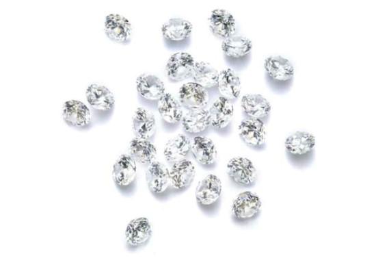 Фианит (51 фото): драгоценный ли камень? его свойства. характеристика фианита черного и зеленого, синего и камней других цветов