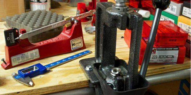 Монтаж трубопровода с помощью цанговых креплений (фитингов)