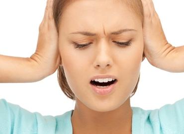 Тиннитус: шум в ушах