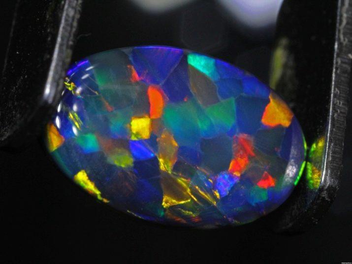 Камень опал: свойства, фото, значение для человека, цена, кому подходит?
