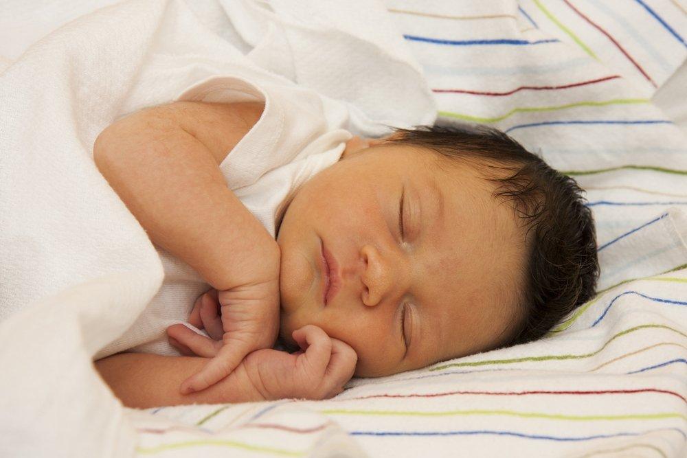 Галактоземия у новорожденных: симптомы, причины и лечение