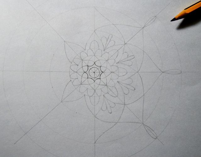 Как нарисовать мандалу: пошаговая инструкция для начинающих