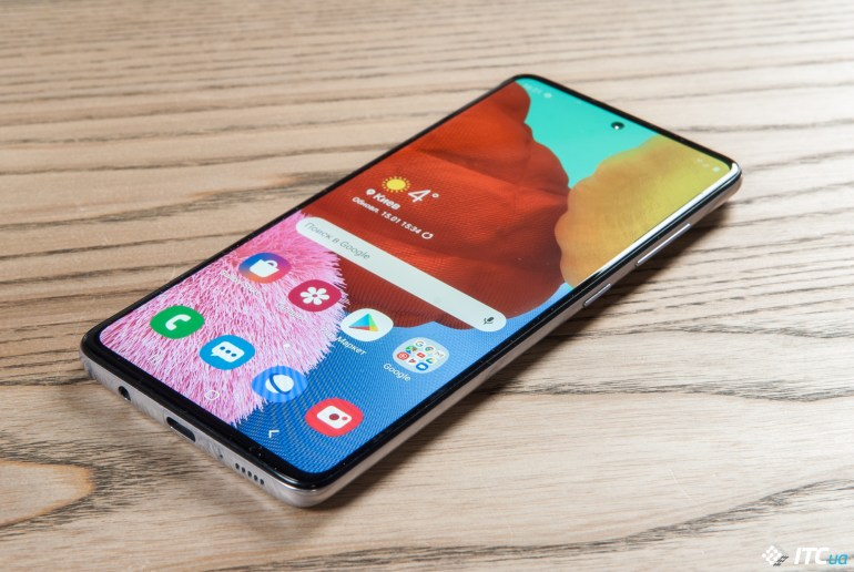 Смартфон и телефон: внешние и функциональные отличия