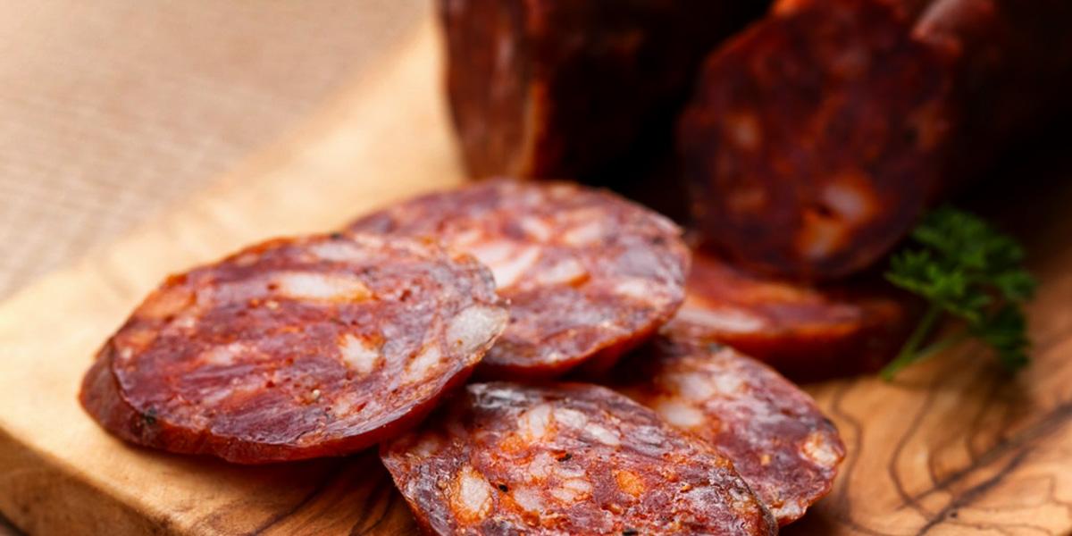 Колбаски а-ля мексиканские чоризо – кулинарный рецепт