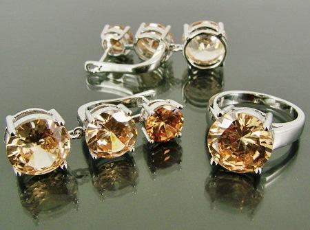 Фианит: лечебные и магические свойства камня, кому подходит по знаку