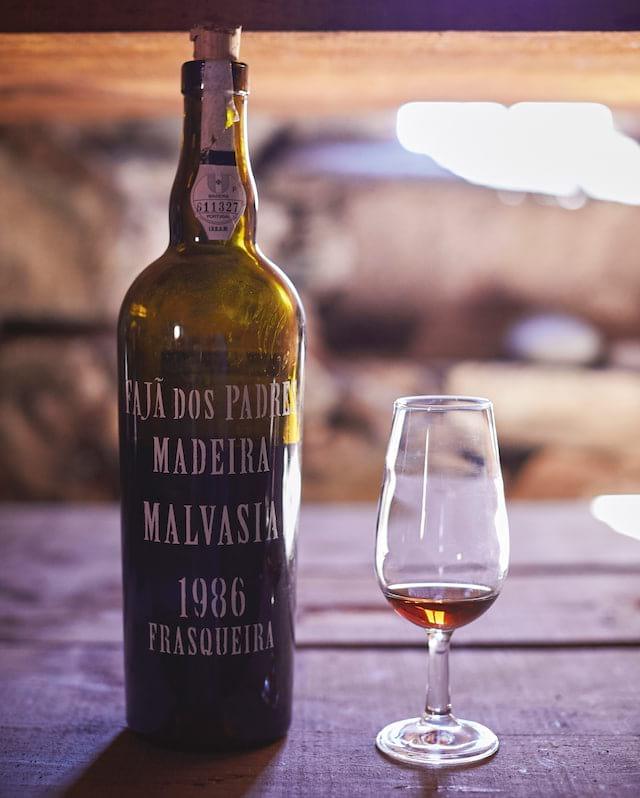 Вино мадера: понятие, история, виды и культура употребления