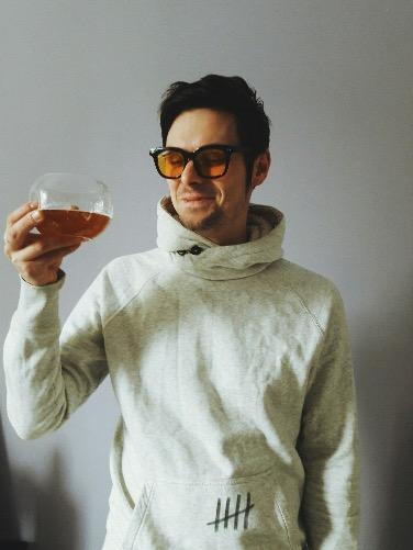 Сомелье – это специалист по вину и его подаче в ресторане