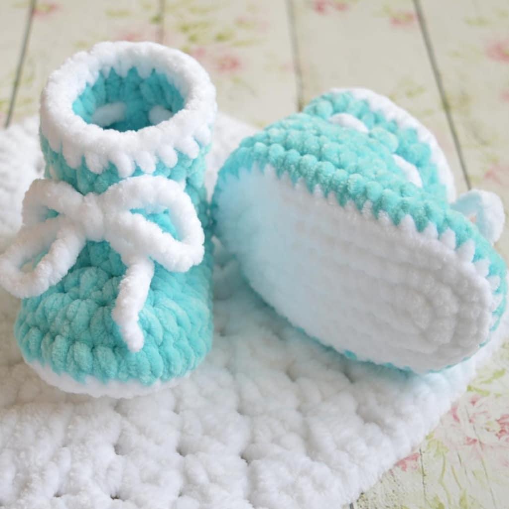 Пинетки спицами для новорожденных ?: подробные схемы вязания пинеток спицами для начинающих + 150 фото-обзоров лучших изделий