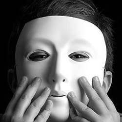 7 признаков, по которым можно раскусить лжеца