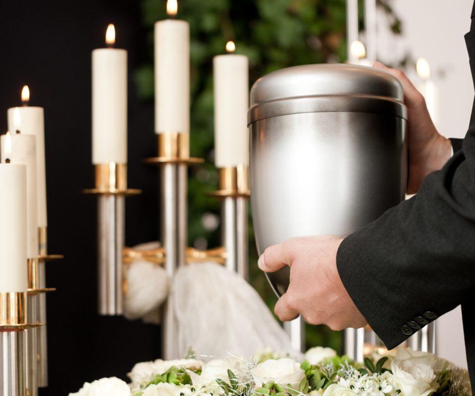 Кремировать или хоронить православного человека